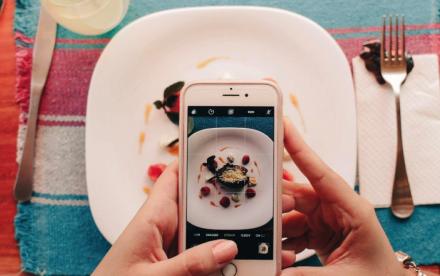 capturing food photo via phone